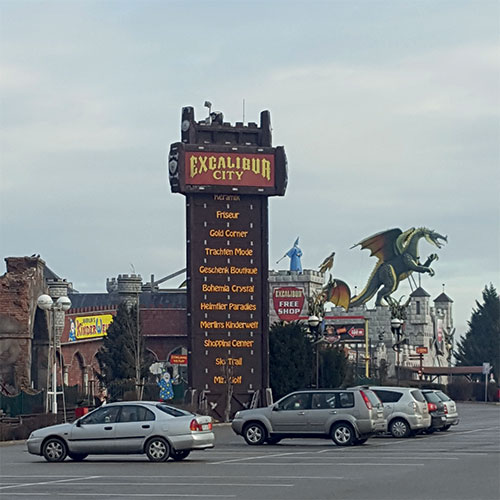 Shoppen im Excalibur City & Znaim